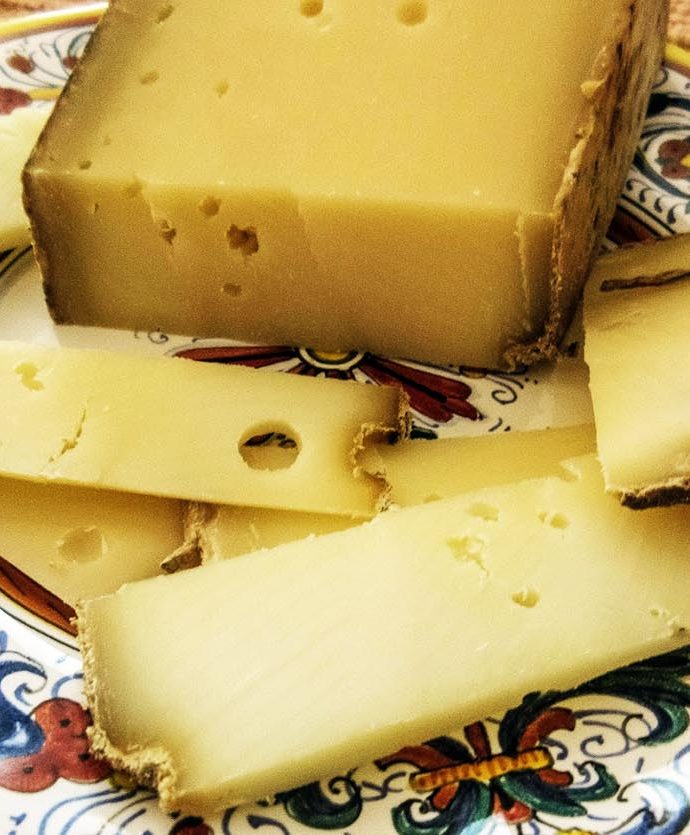 Queso Toma Piemontese
