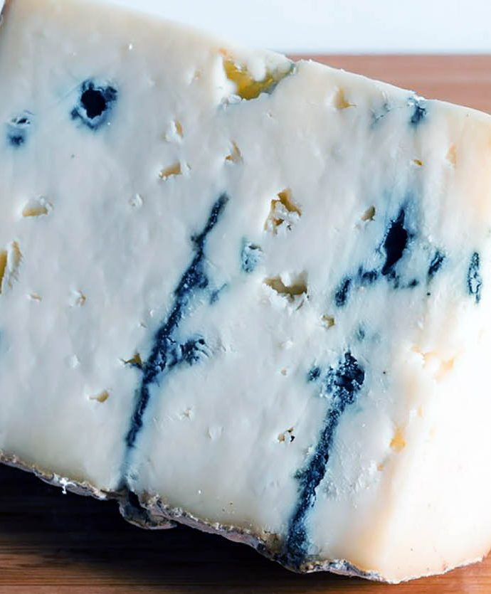 Queso Bayley Hazen Blue